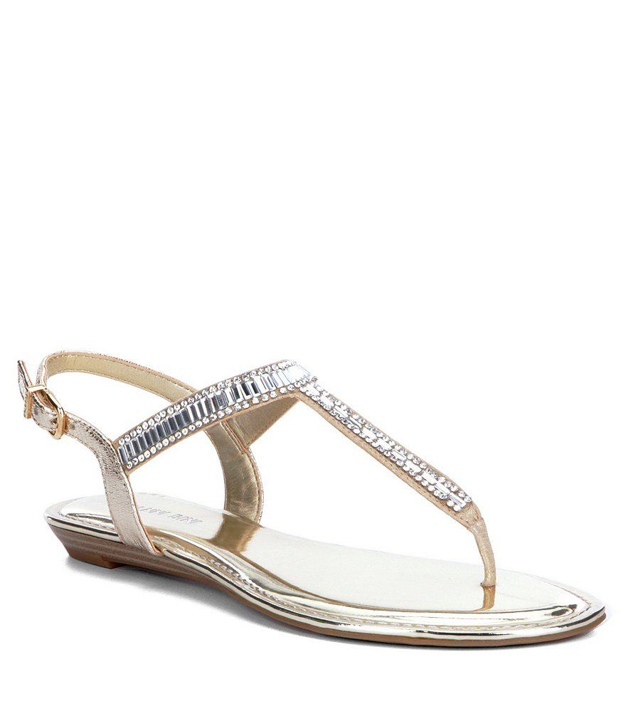 Gianni Bini Precious Metallic Fabric Jeweled T-Strap Sandals ez9HWHKc