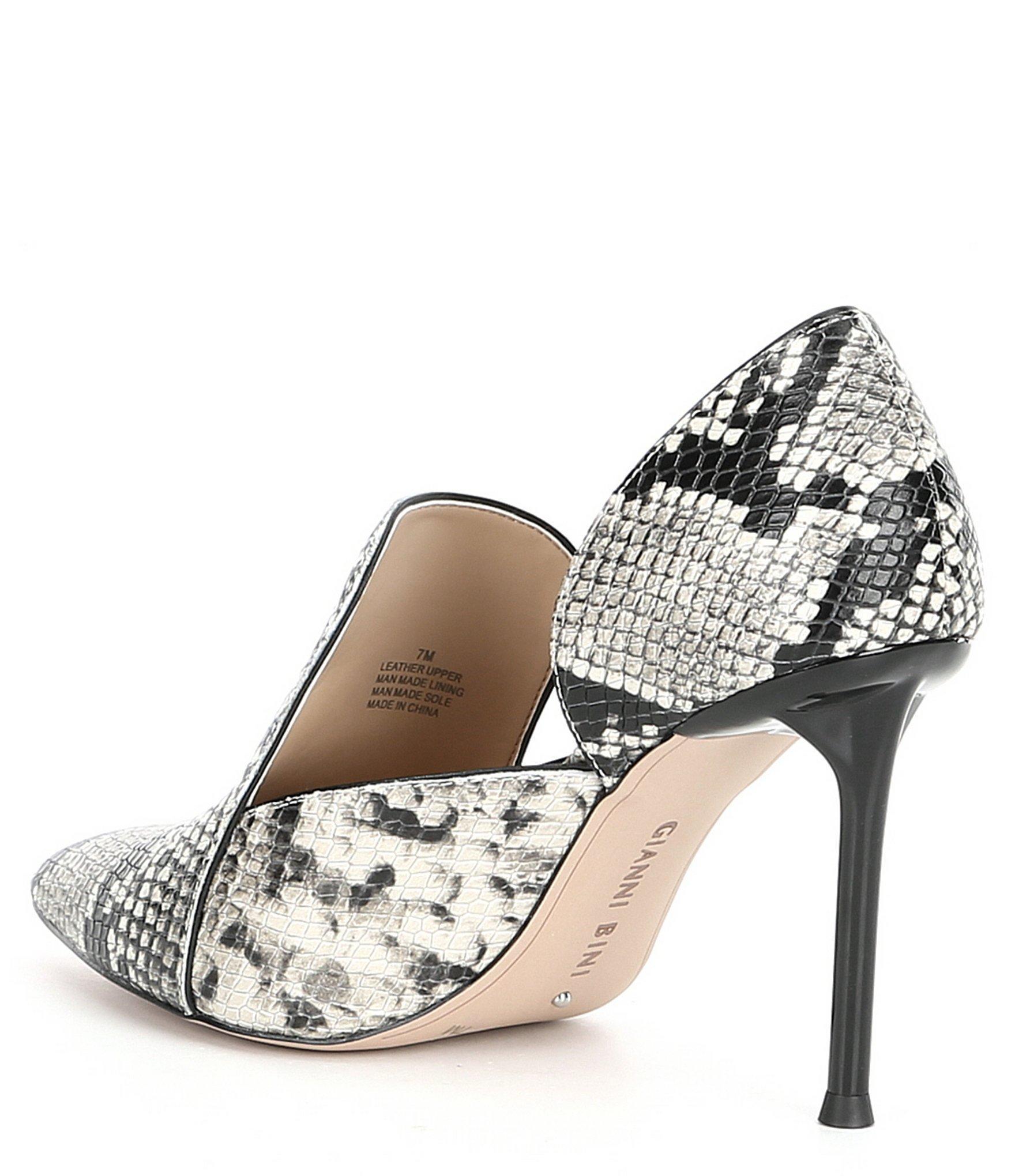 3282126722a Women's Gabbyie Leather Snake Print Pointy Toe Shooties
