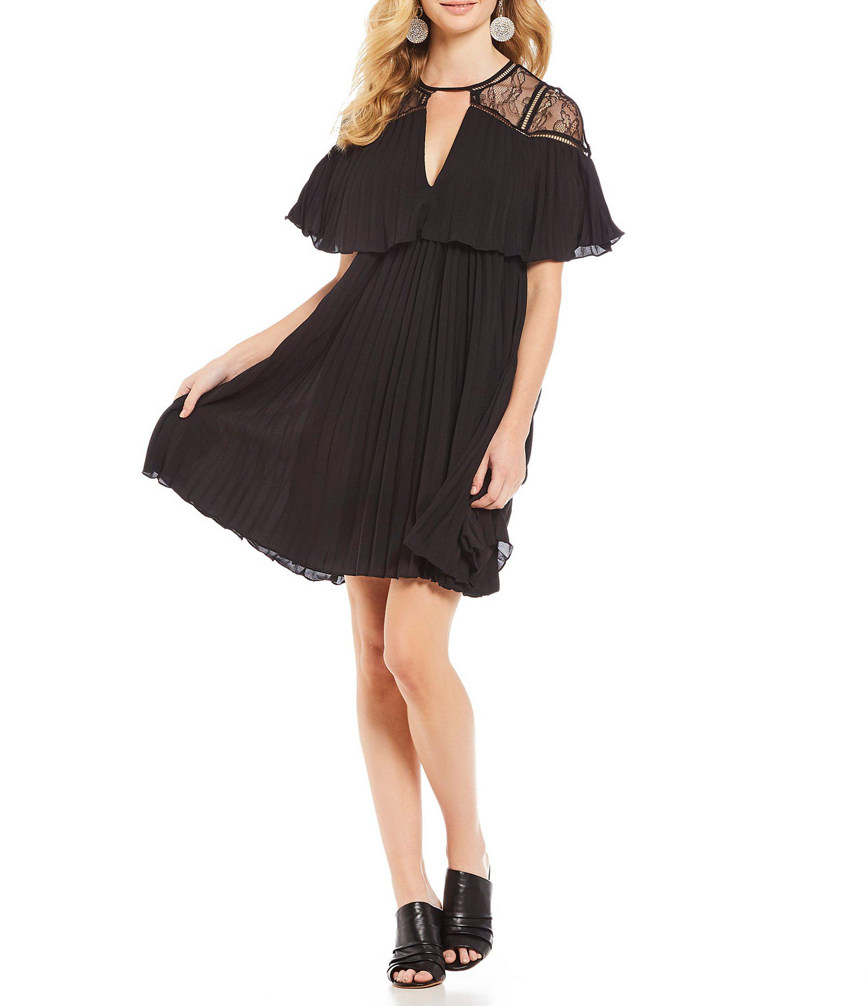 1bfa376c0f0 Gianni Bini Brie Trapeze Lace Cutout V-neck A-line Dress in Black - Lyst