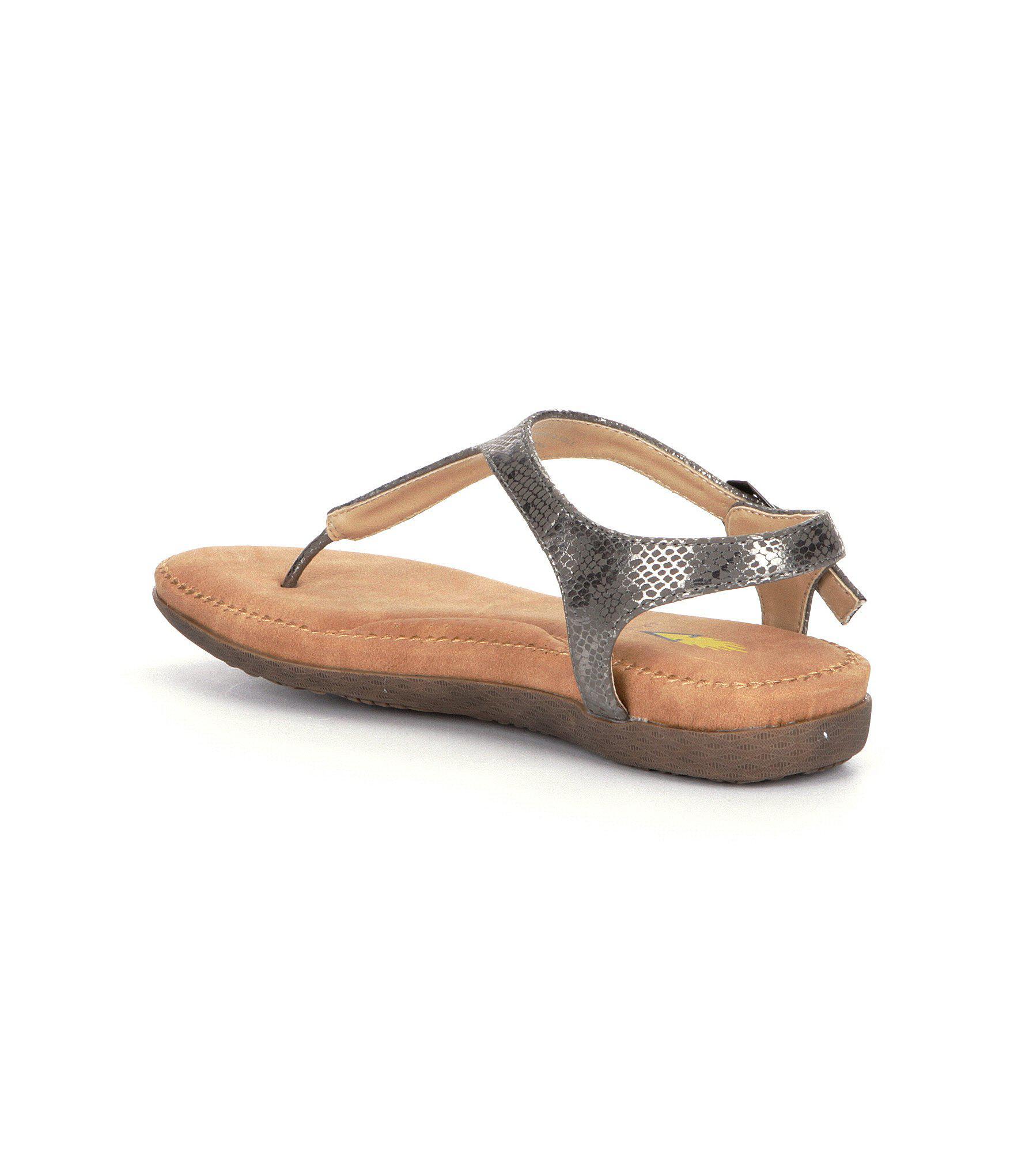 Volatile Reece Women S Sandals In Metallic Lyst