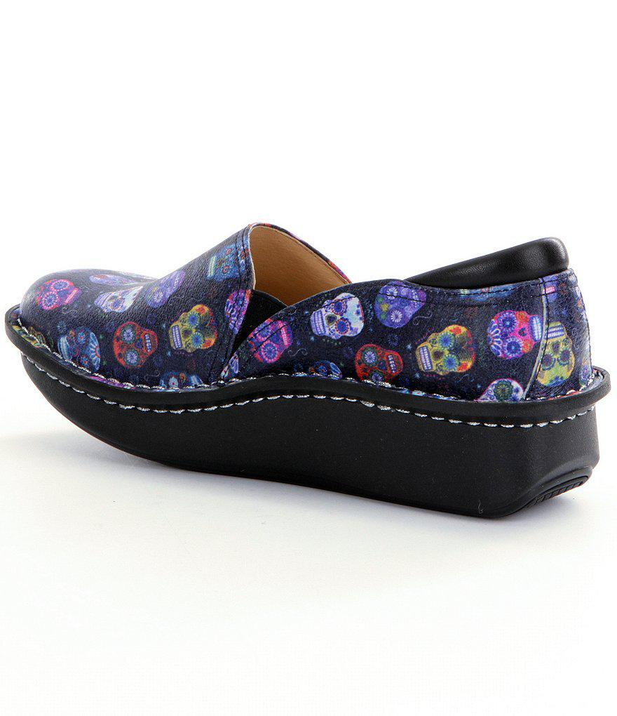 Debra Sugar Skull Professional Stain-Resistant Leather Clogs 0IkZqpzd