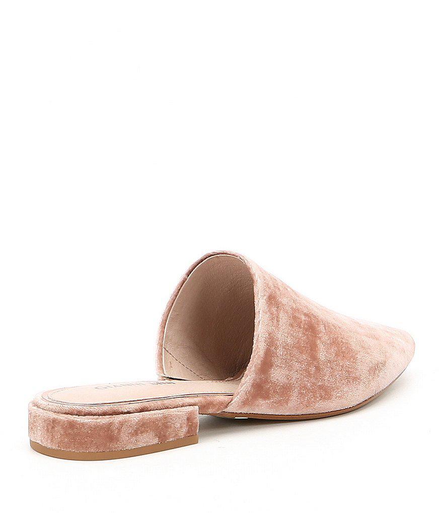 Gianni Bini Koatie Pointy-Toe Velvet Block Heel Mules 8bG1ChUOOQ