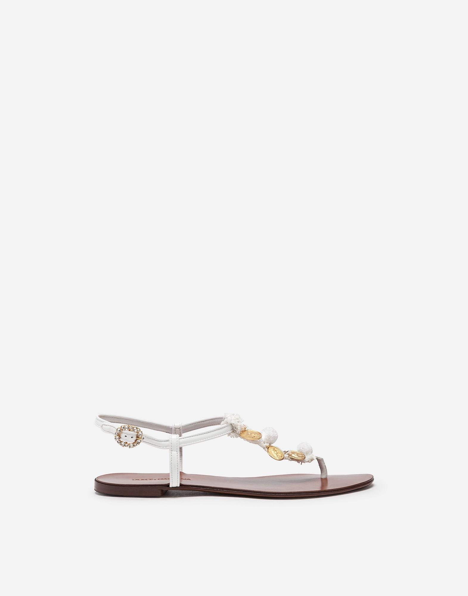 6d5a54713 Lyst - Dolce   Gabbana Thong Sandals In Patent Leather And Raffia ...