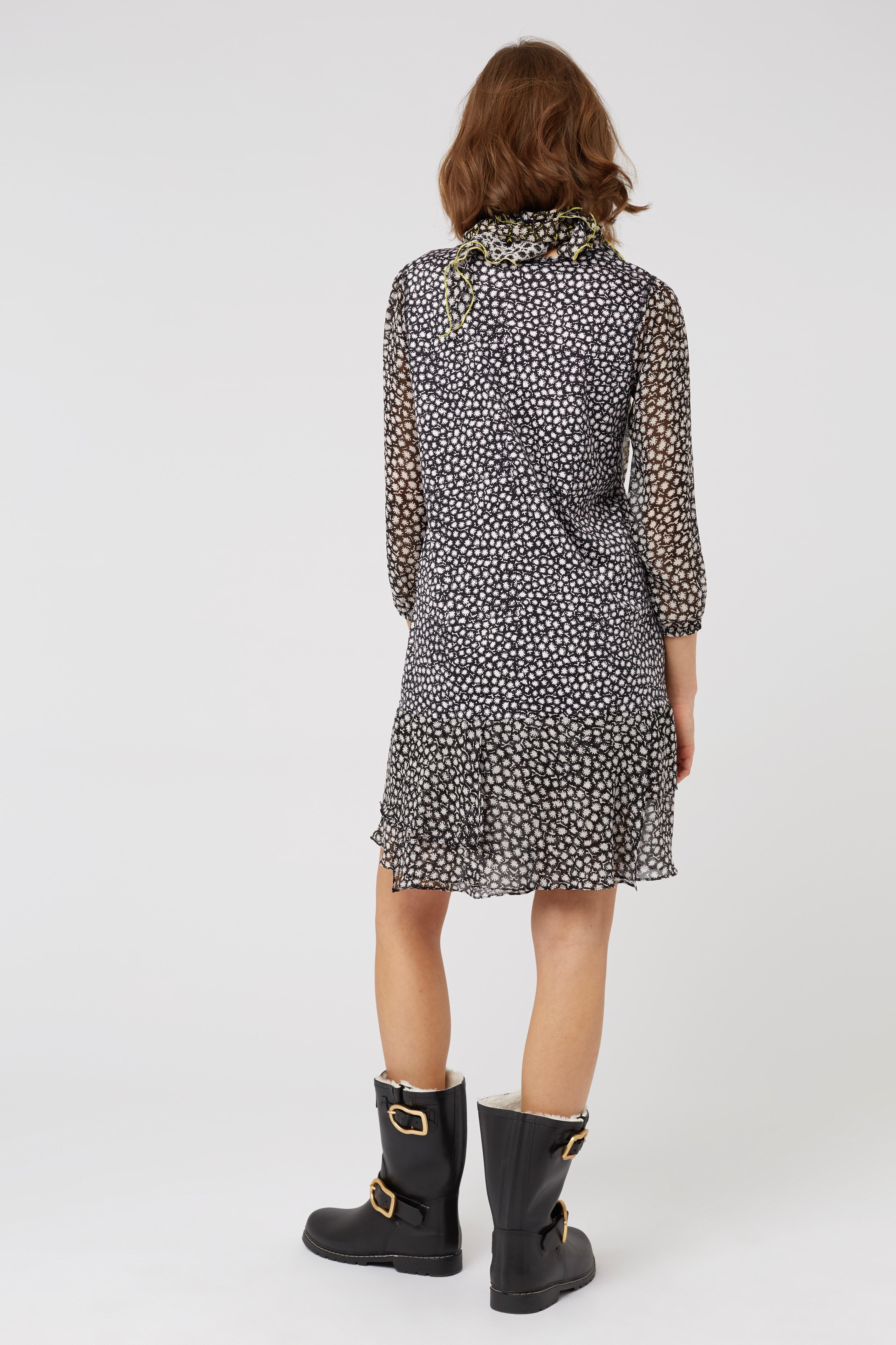 PUNKY PATCH dress o-neck 3/4 2 Dorothee Schumacher Clearance Footaction Shop Cheap Price 0JJf8f5F