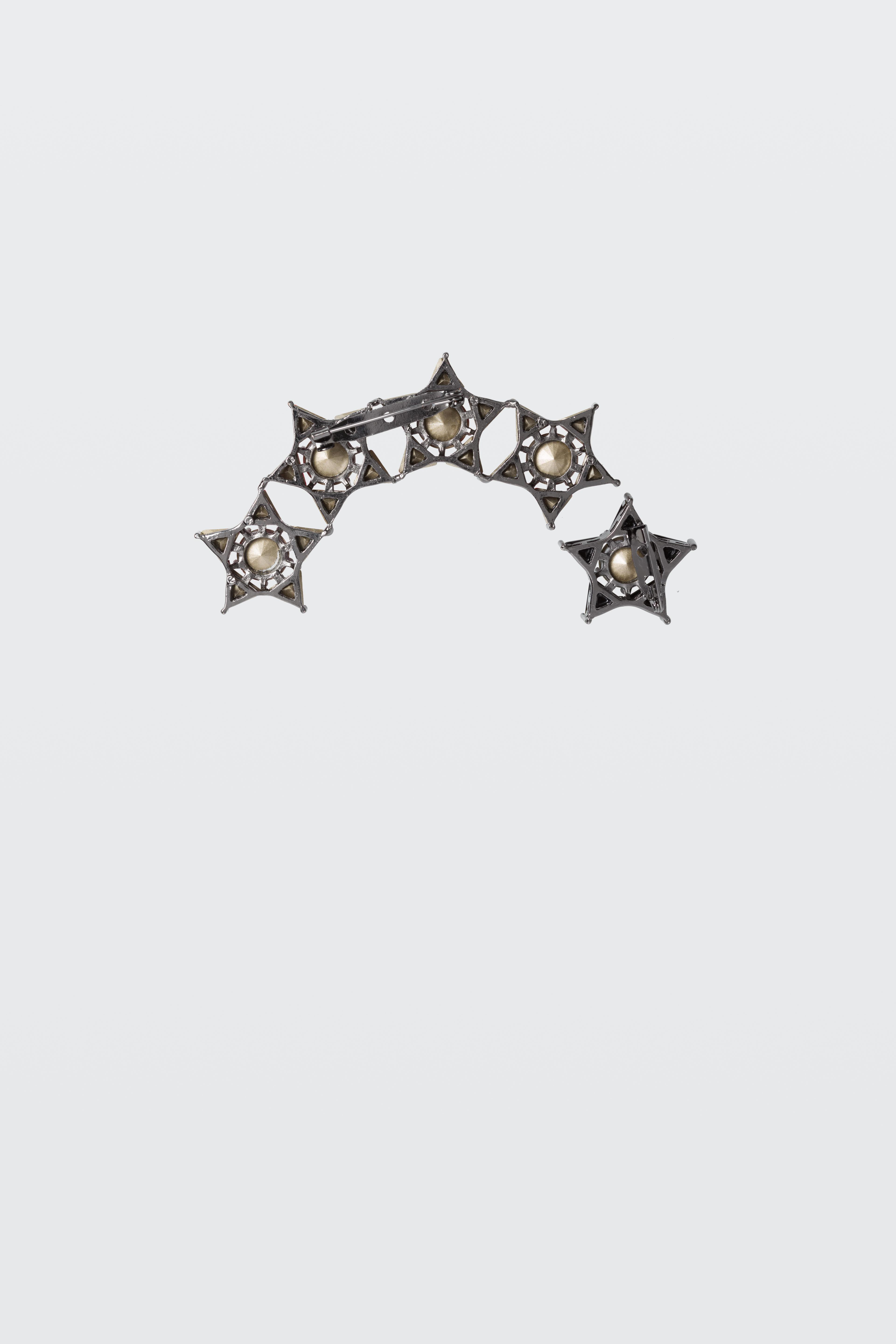Dorothee Schumacher Go For The Next Star Ii Brooch in White