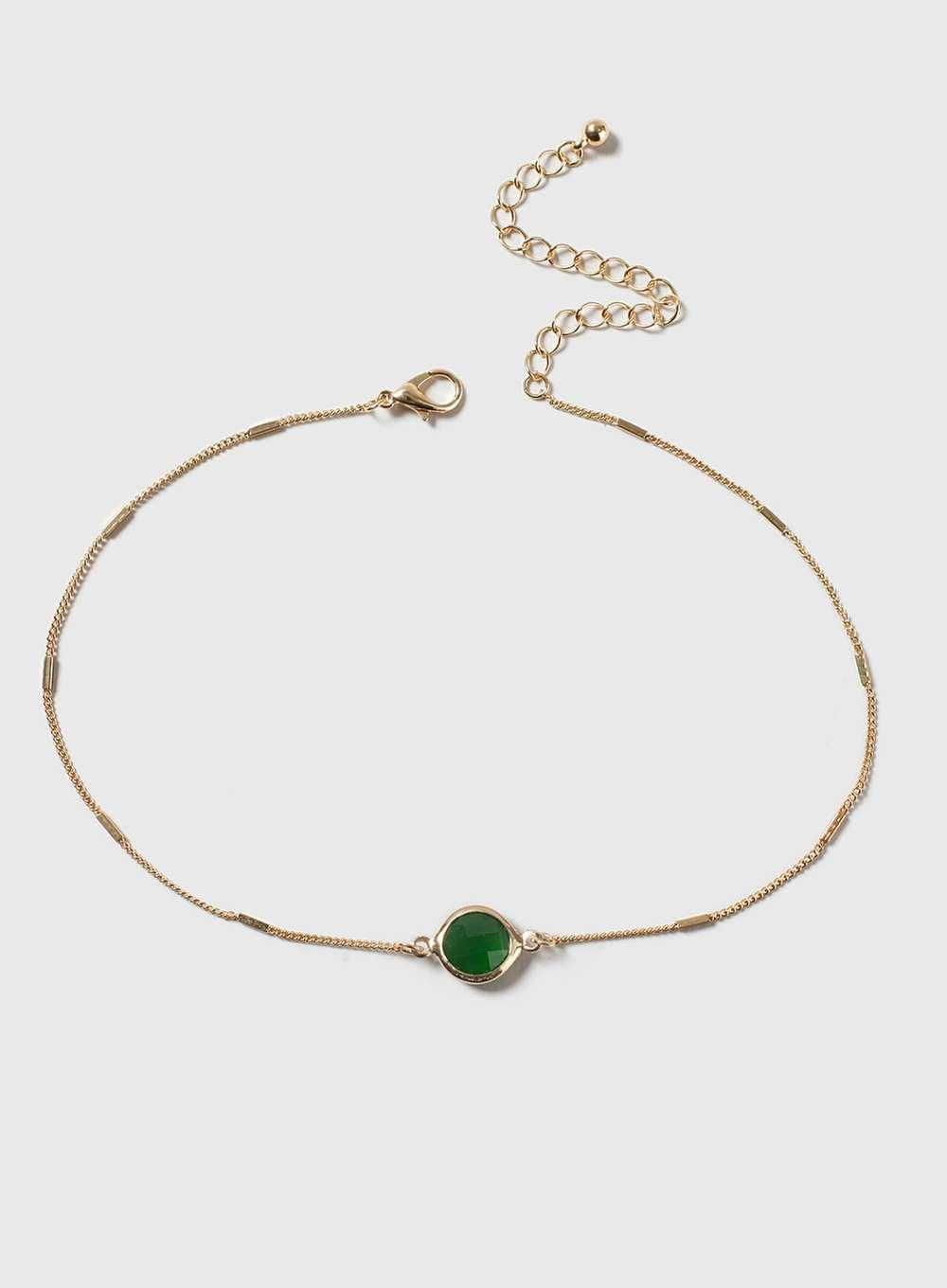 Dorothy Perkins May Birthstone Choker Necklace in Gold (Metallic)