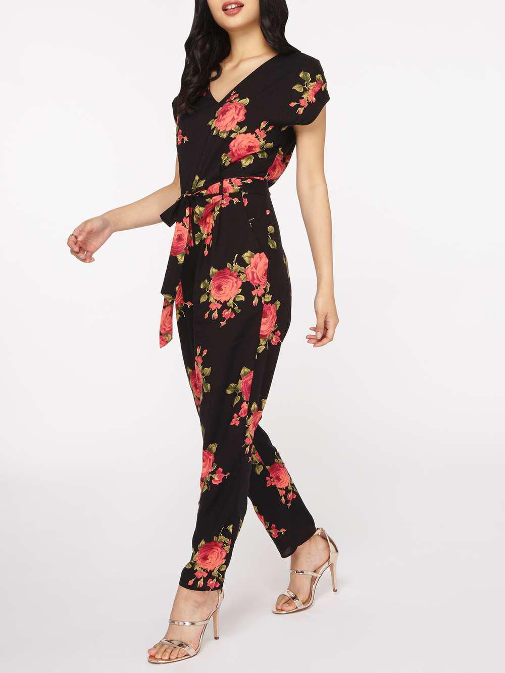 0ca80dbe5ce Lyst - Dorothy Perkins Petite Black Floral Jumpsuit in Black
