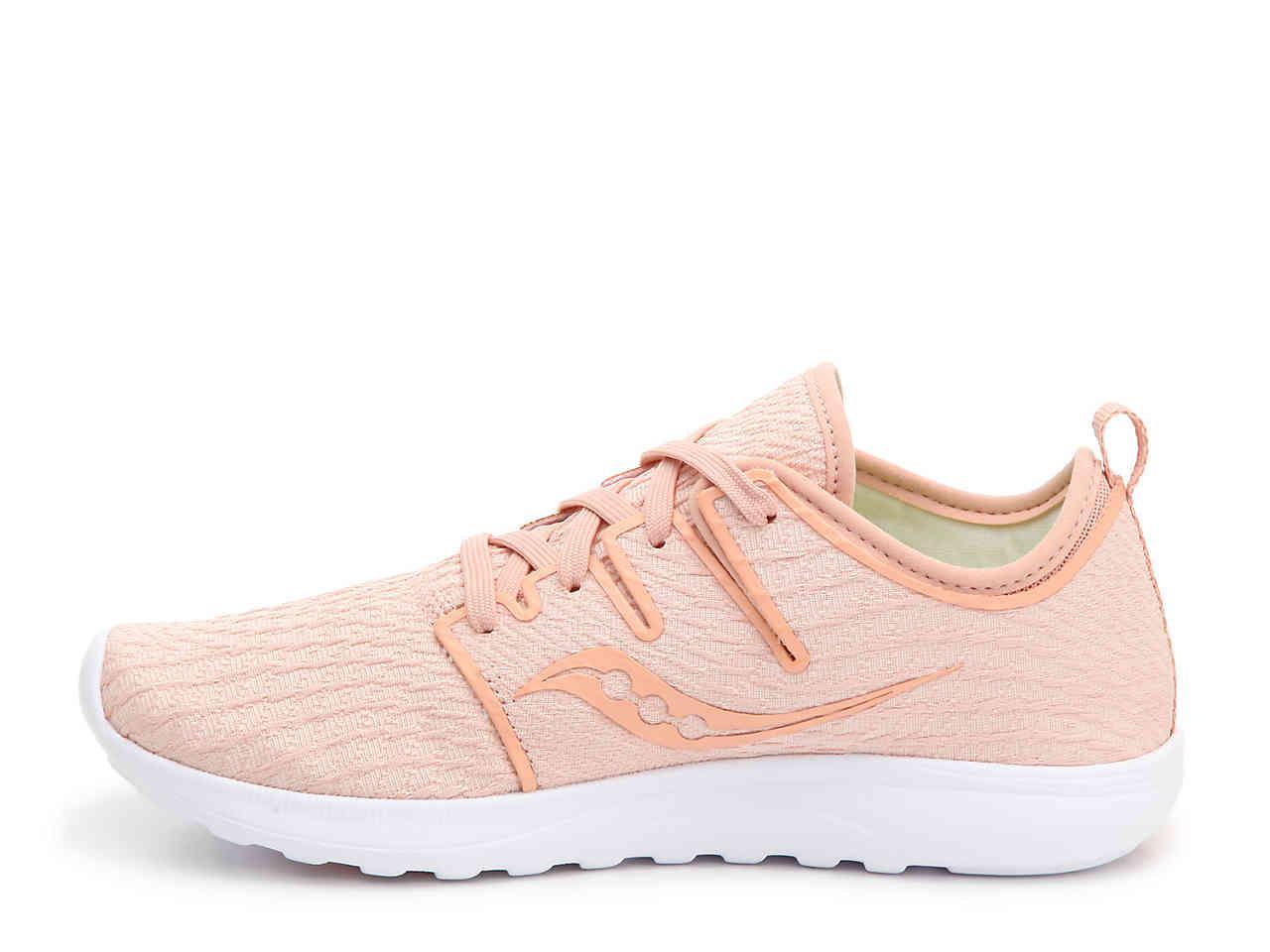 saucony lightweight running shoes