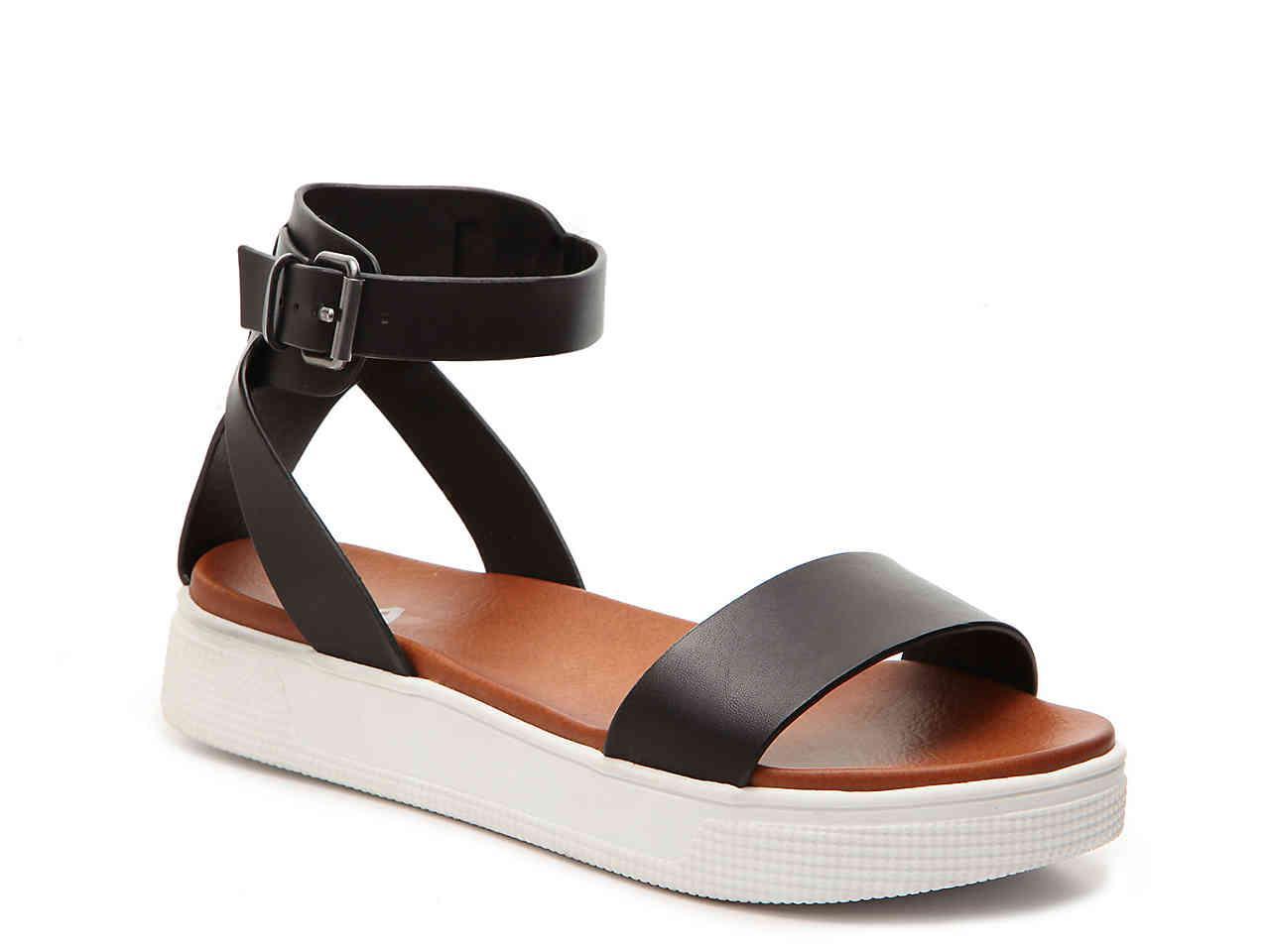 MIA Ellen Platform Sandal in Black - Lyst