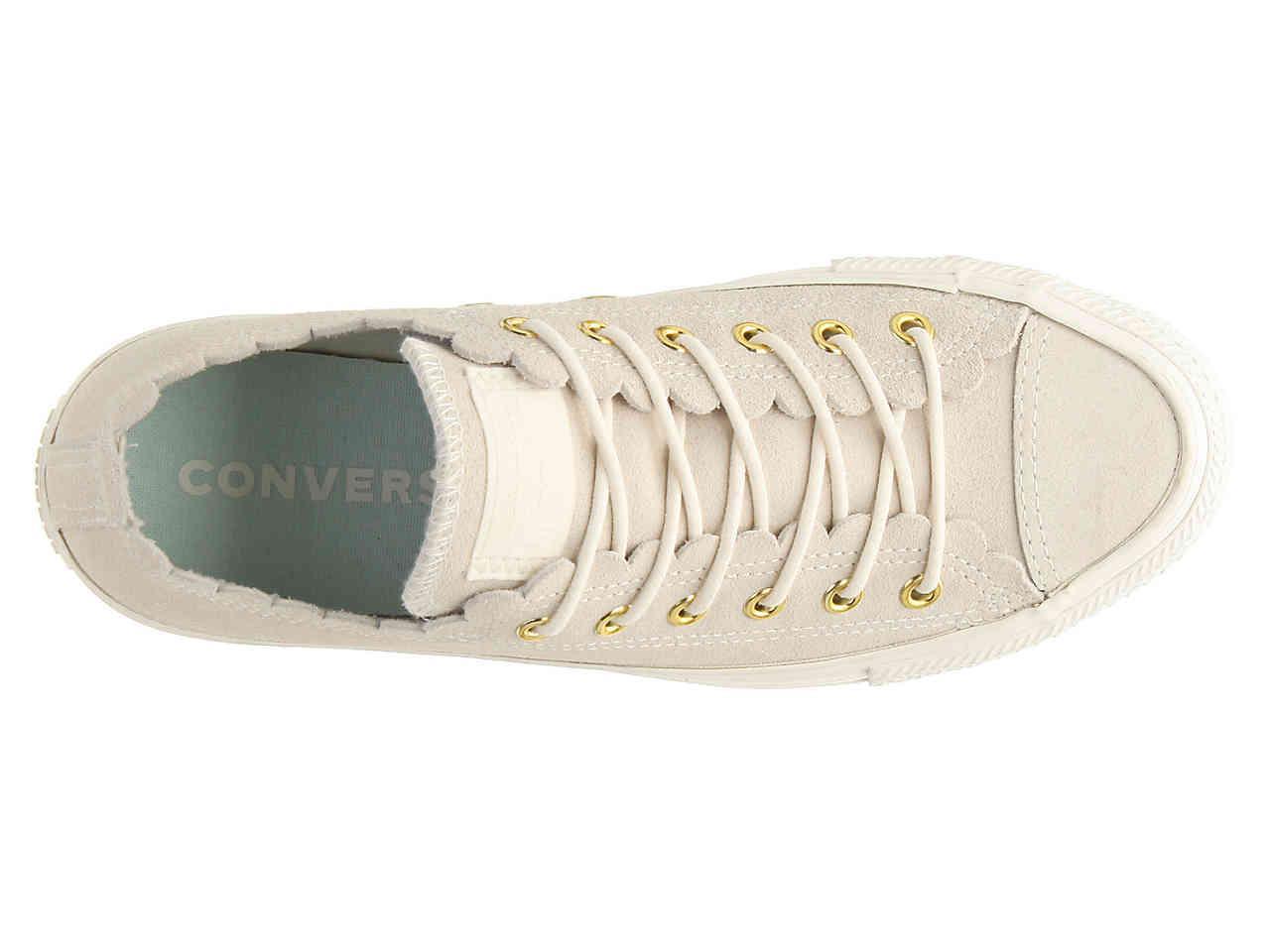 Chuck Taylor All Star Scallop Sneaker