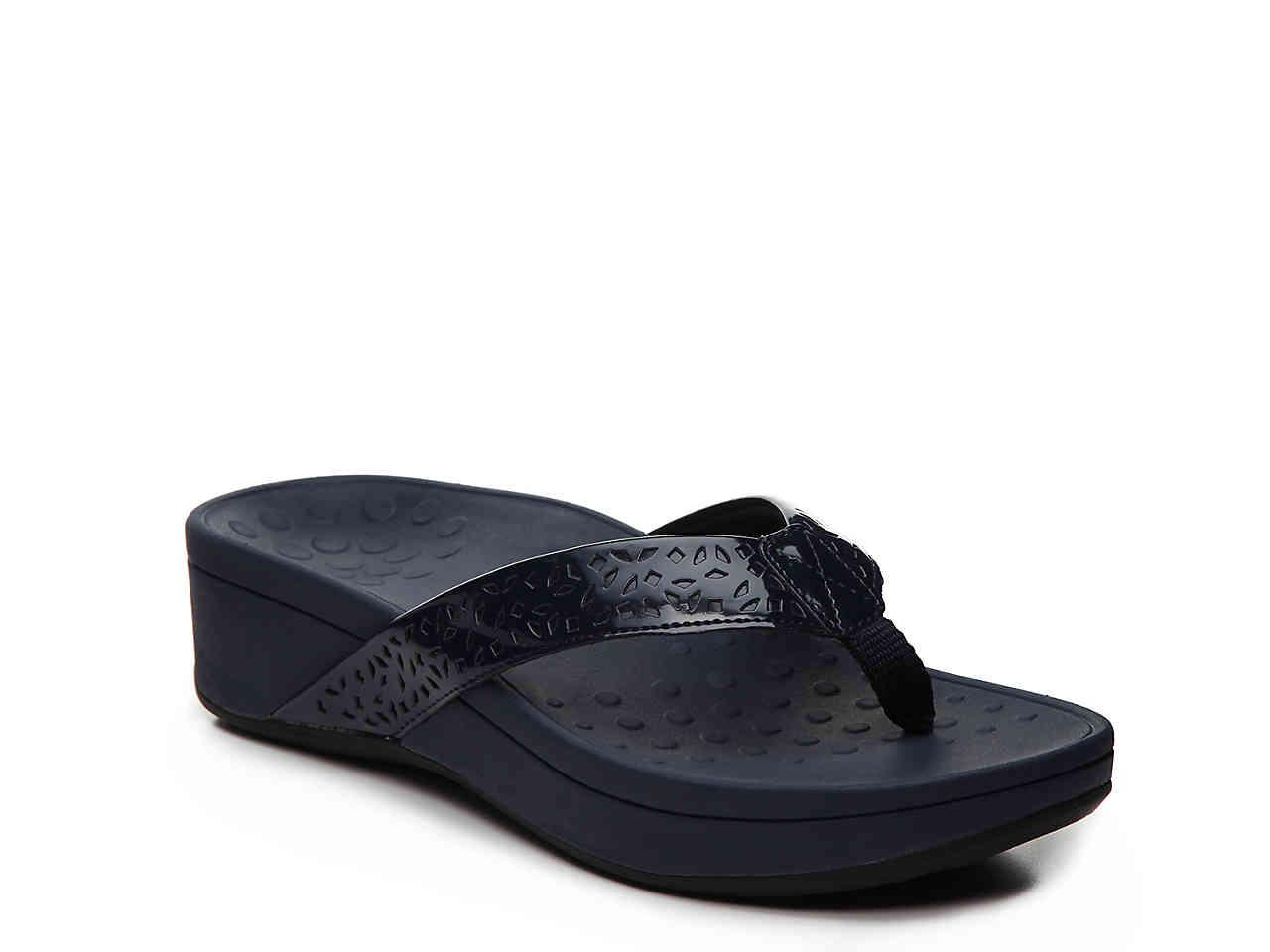 c9ce33cb6d4c Lyst - Vionic Zuma Wedge Sandal in Blue
