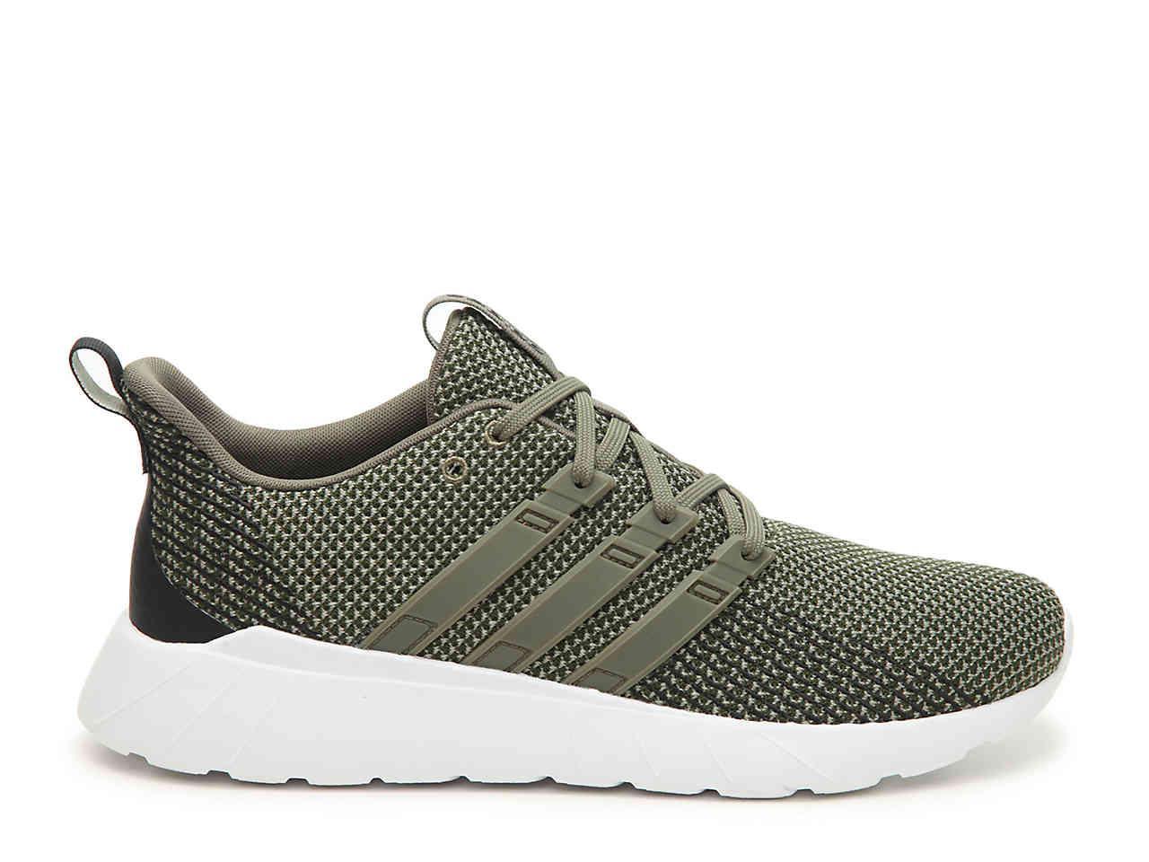Questar Flow Sneaker in Olive Green