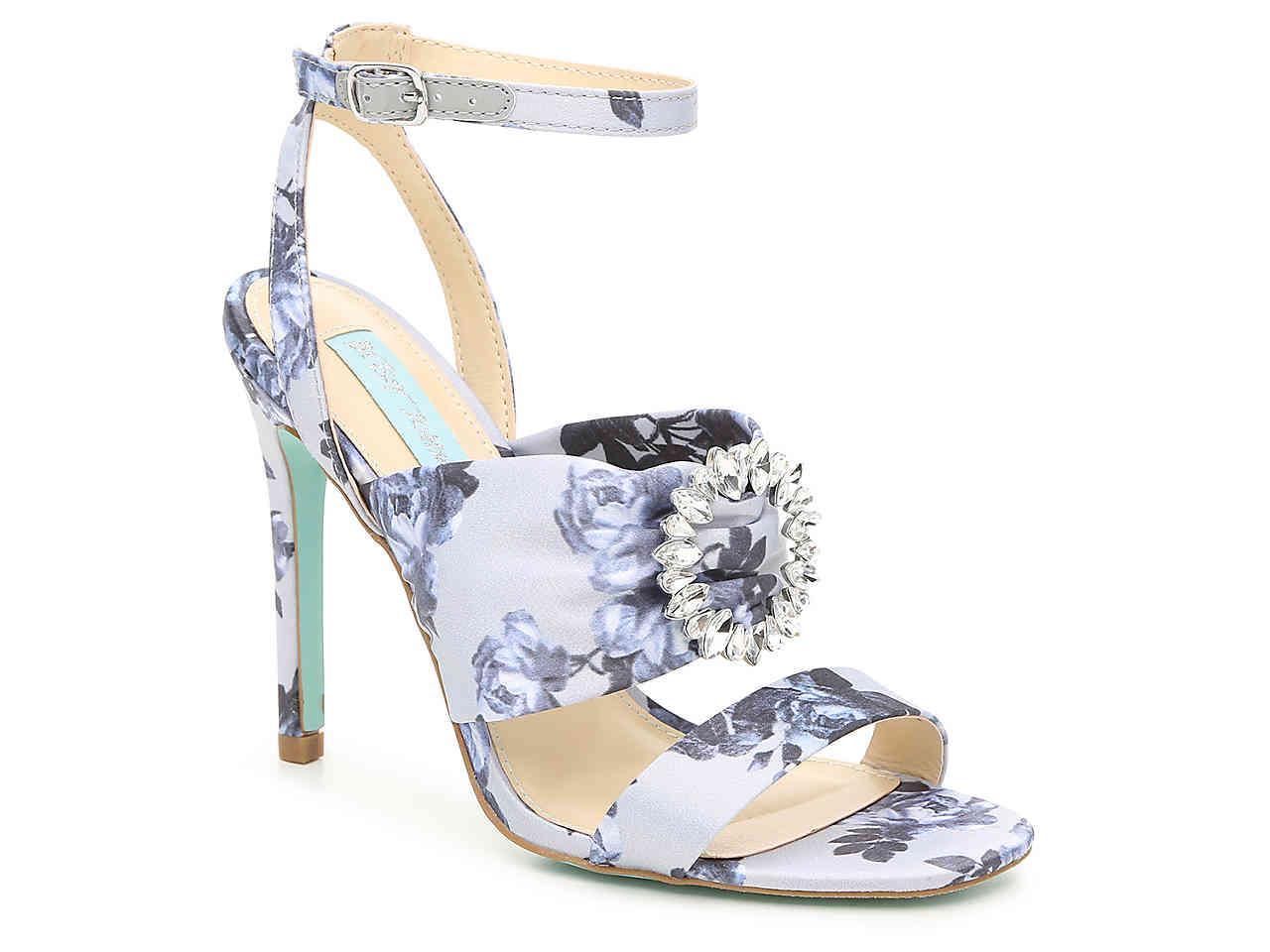 Betsey Johnson Scoti Embellished Floral Sandal ka3qkSCbt4
