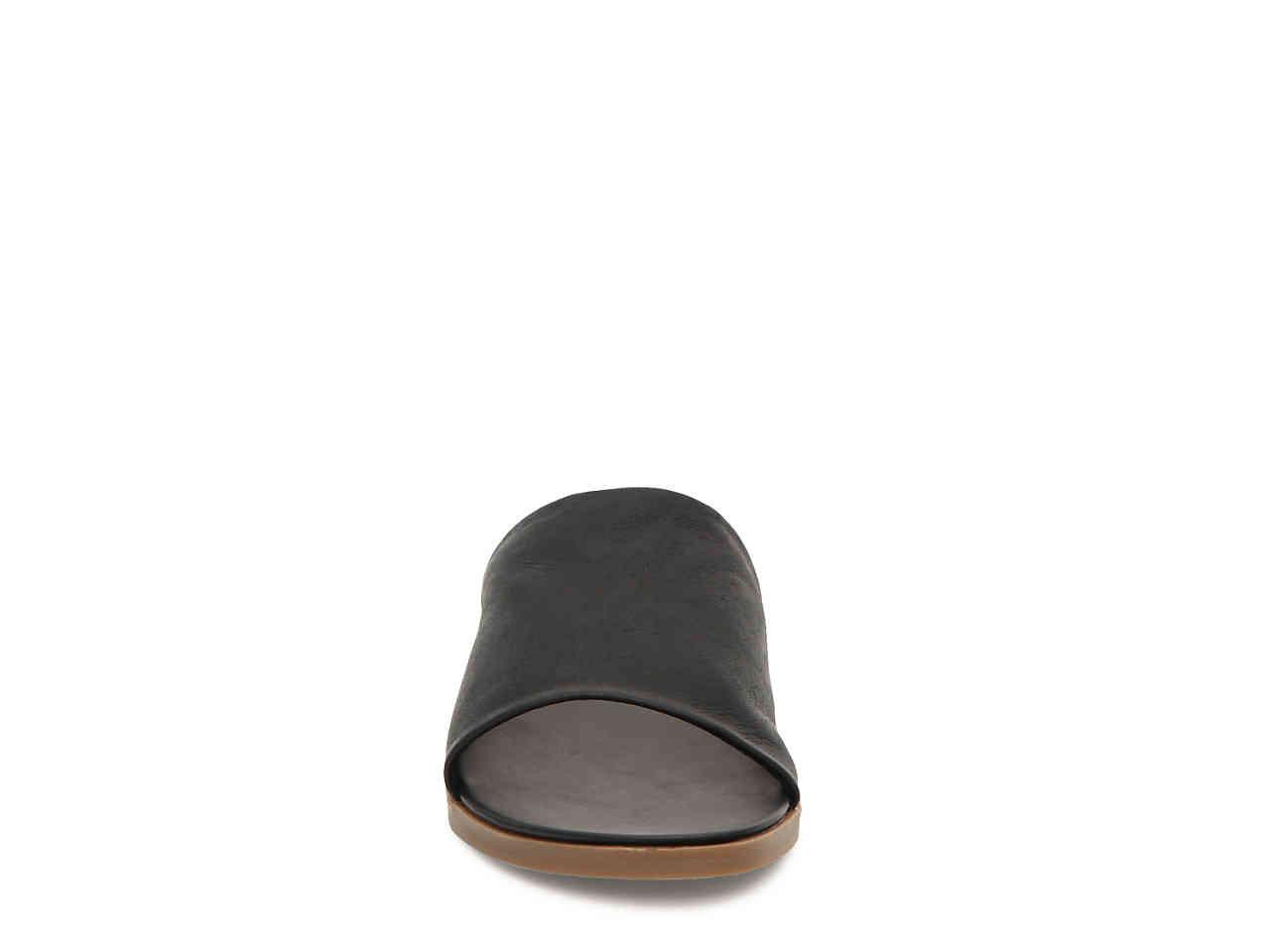 steve madden karolyn flat sandal white