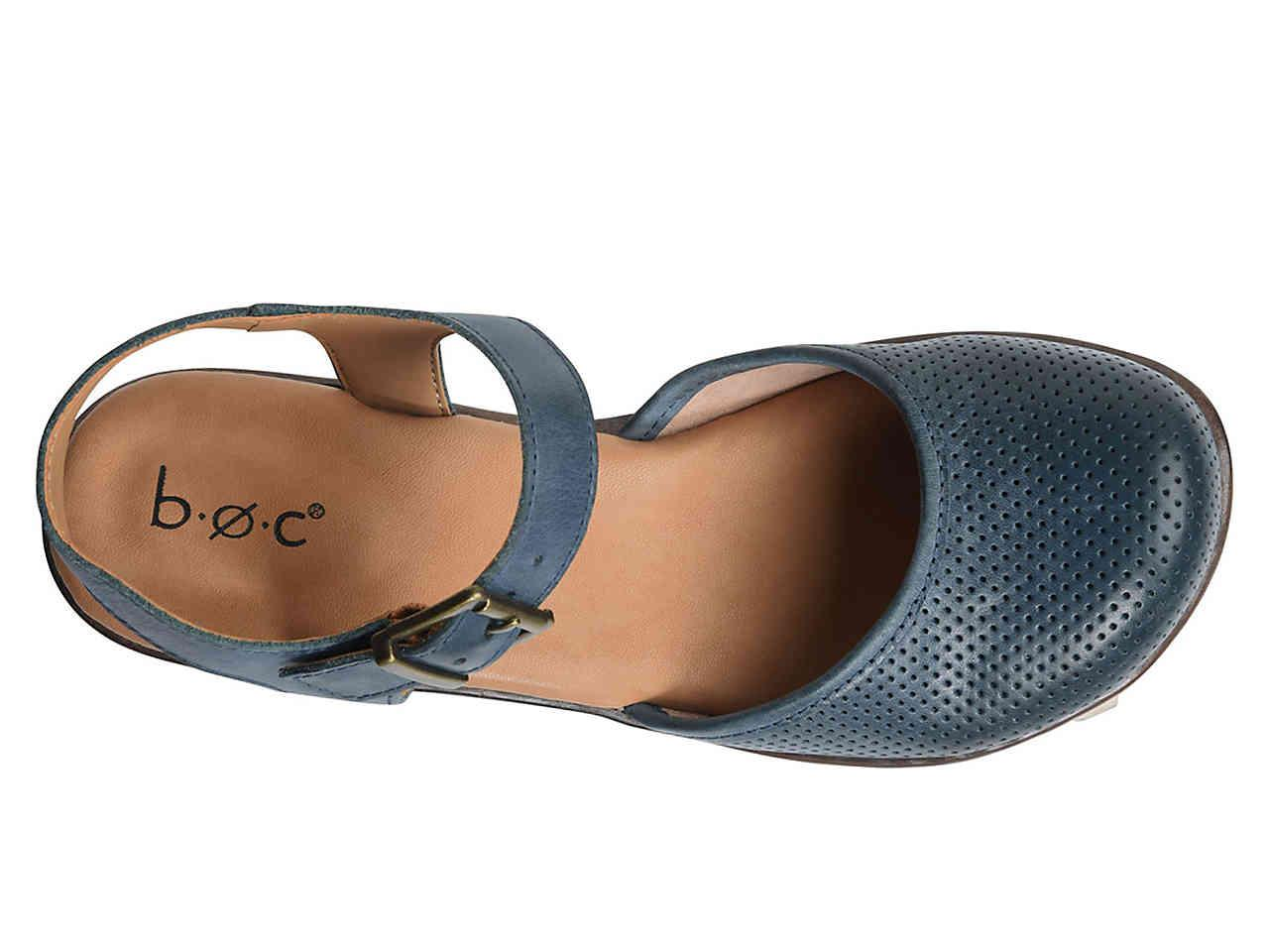 b.ø.c. Leather Stone Clog in Navy (Blue