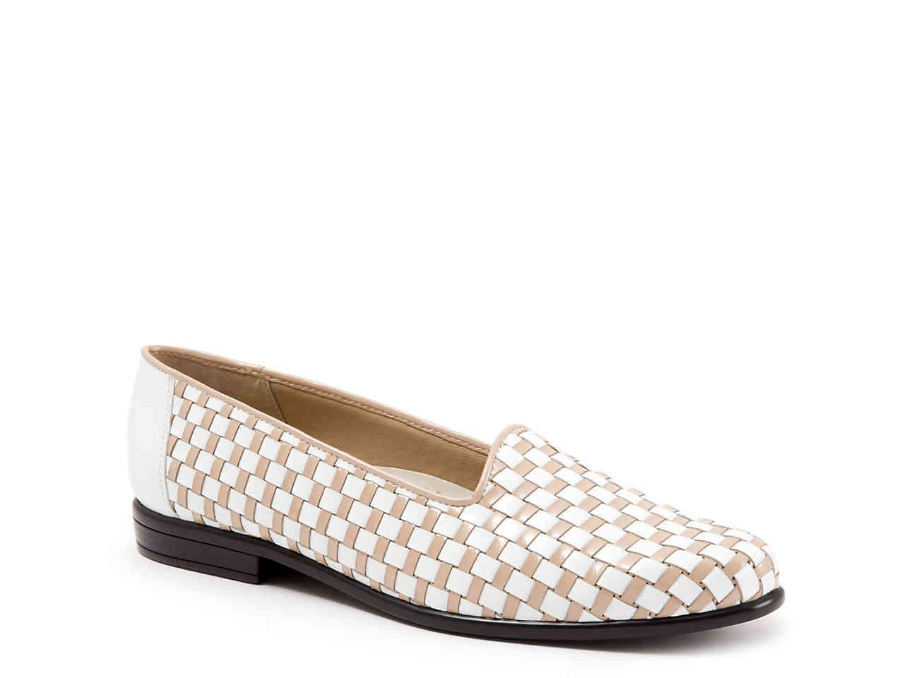 9a40f740ff Lyst - Trotters Liz Loafer in White