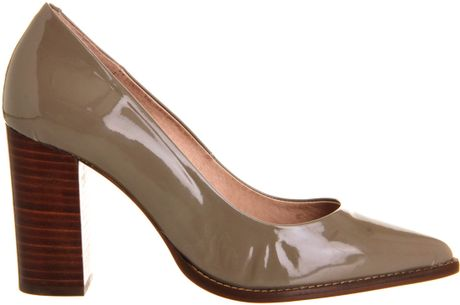 Office Daria Point Block Heel Court in Gray (taupe)