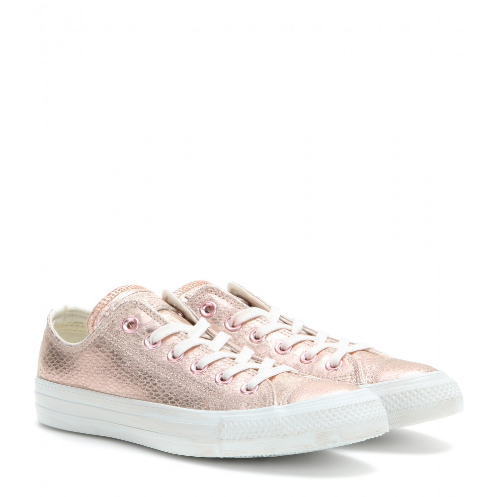 converse chuck taylor ox metallic leather sneakers in pink lyst. Black Bedroom Furniture Sets. Home Design Ideas