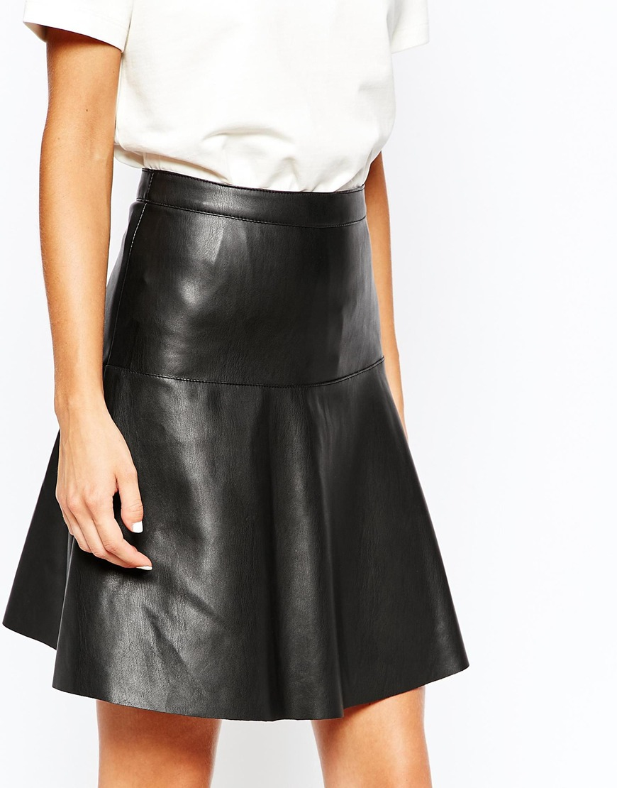 Vero moda Leather Look Skater Skirt in Black | Lyst