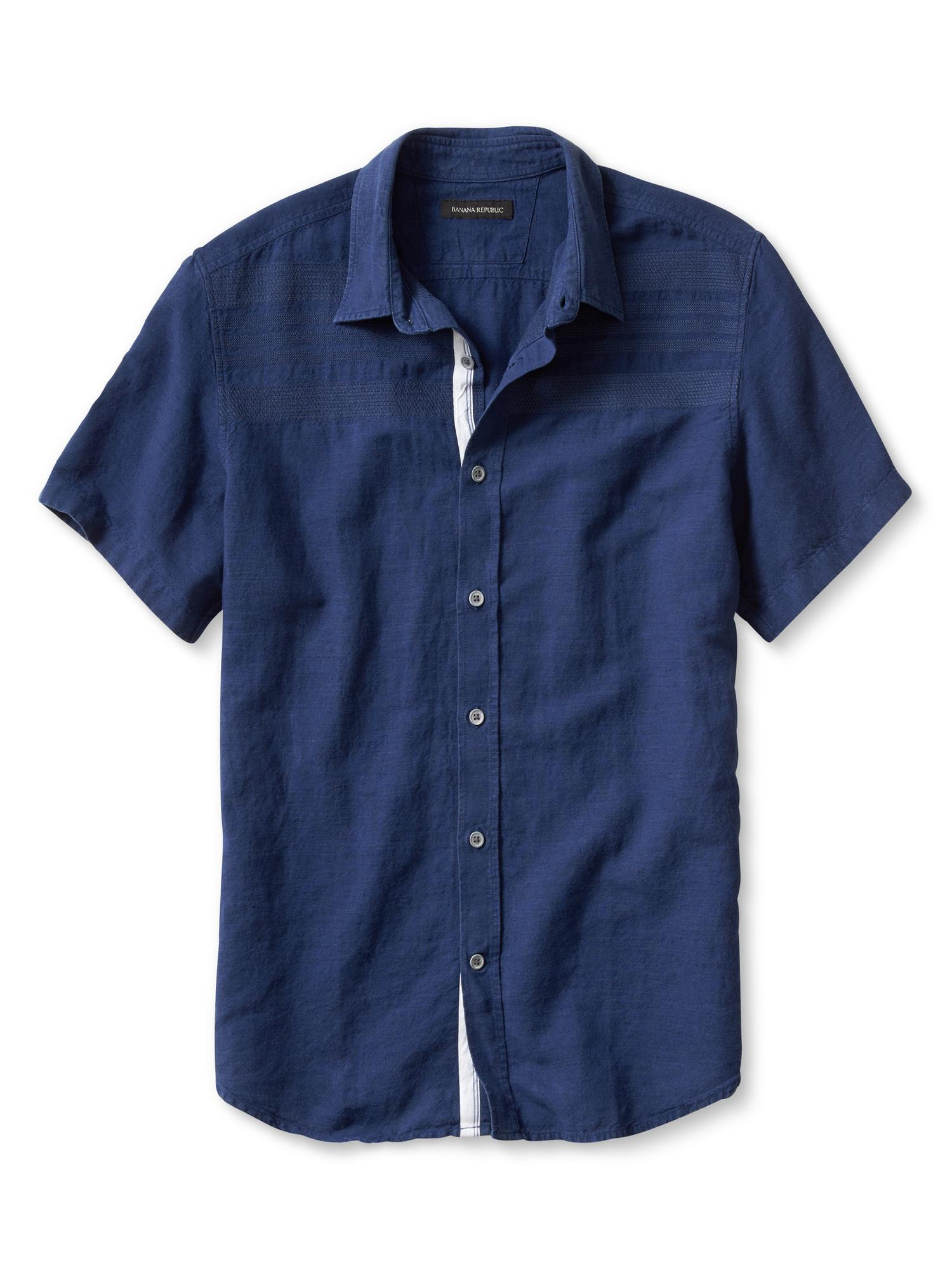 Craft an amazing look for work, holidays, date night or everyday wear with men's shirts from Banana Republic Factory. Browse a wide variety of shirts for men in this collection.