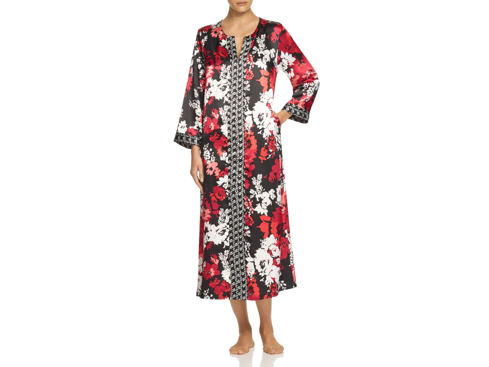 Oscar de la renta holiday blooms satin caftan lyst for Caftan avec satin de chaise