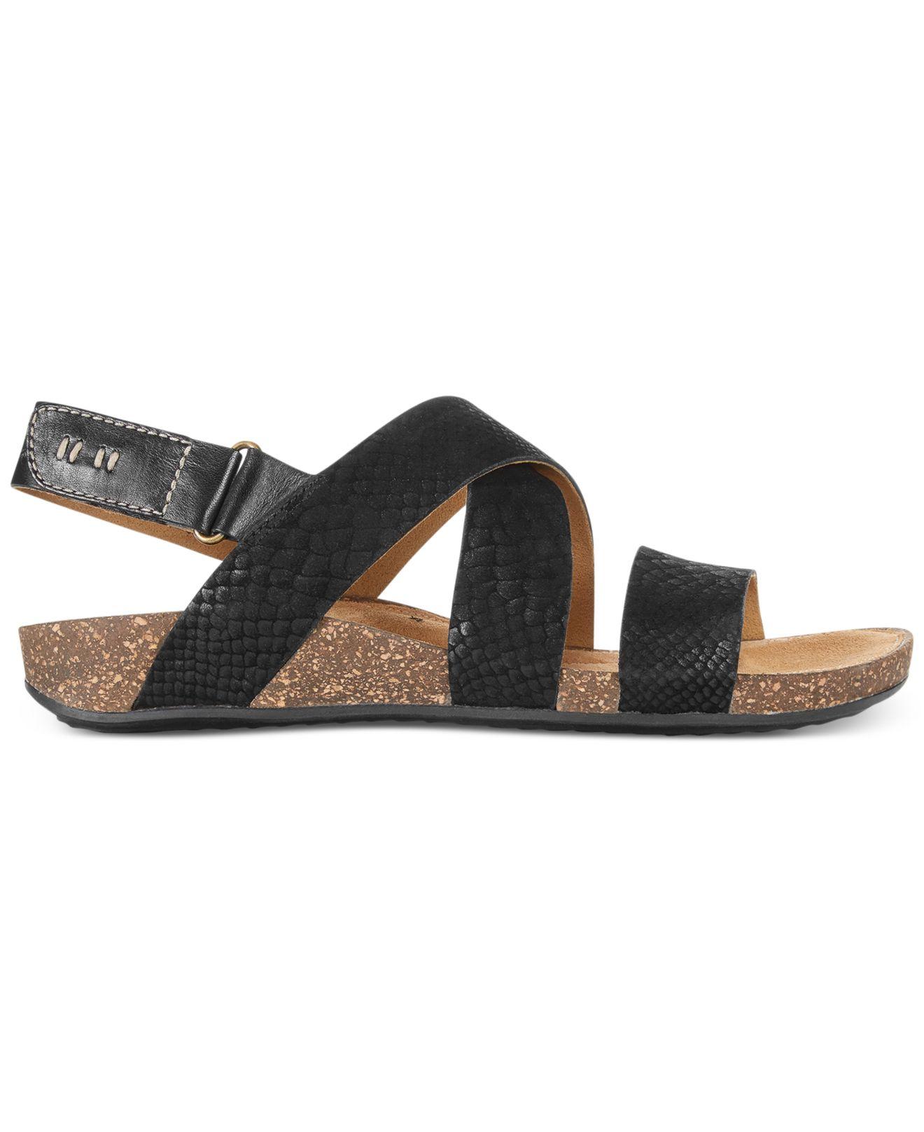 47155ef768ef0 Lyst - Clarks Artisan Women s Perri Dunes Footbed Sandals in Black
