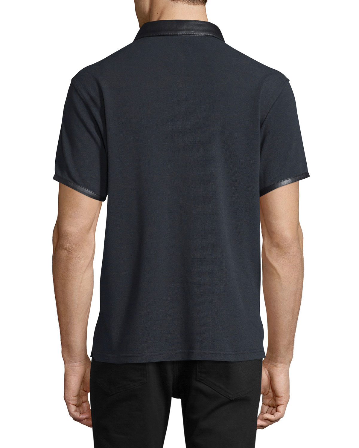 So we knew it was the ideal fabric from which to craft a classic men's field shirt. Detailed with leather elbow patches, pocket pen holder, and locker loop, this shirt offers true field functionality with the familiar fit you've come to expect. In British tan. Pure cotton. Washable. Imported. Sizes M(), L(), XL(), XXL().