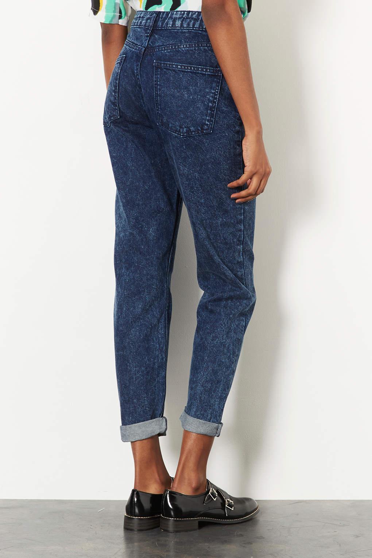 topshop moto indigo acid mom jeans in blue lyst. Black Bedroom Furniture Sets. Home Design Ideas