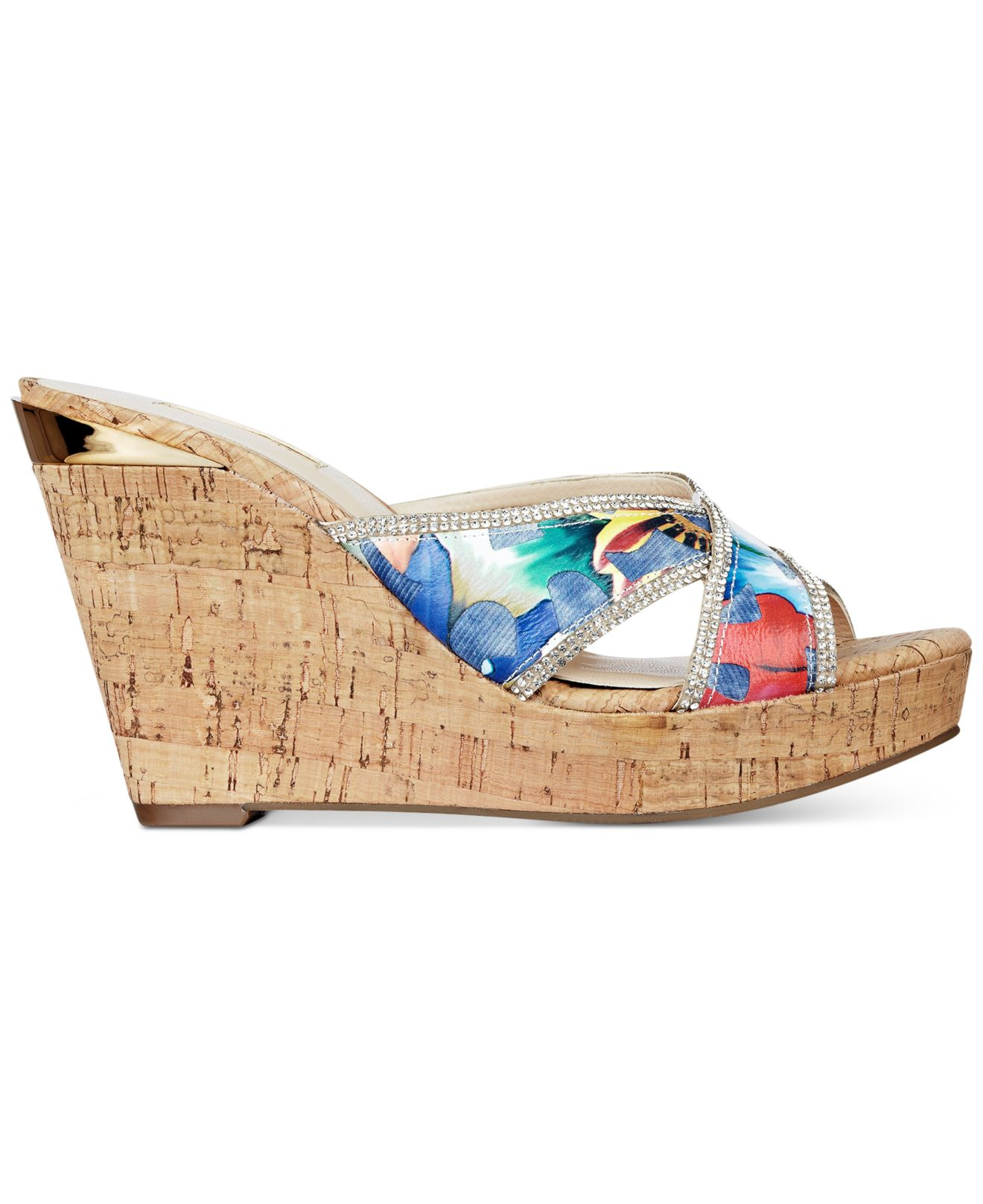 b15d8c9c0d8 Lyst - Guess Women s Eleonora X Wedge Sandals