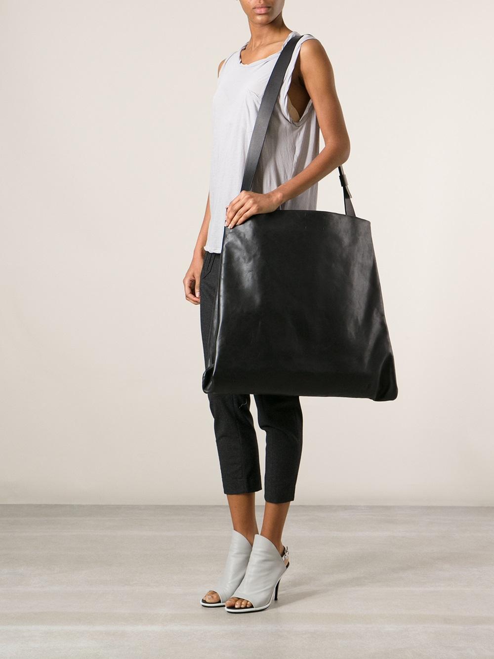 136916ddd8 Lyst - Simona Tagliaferri Oversize Shoulder Bag in Black