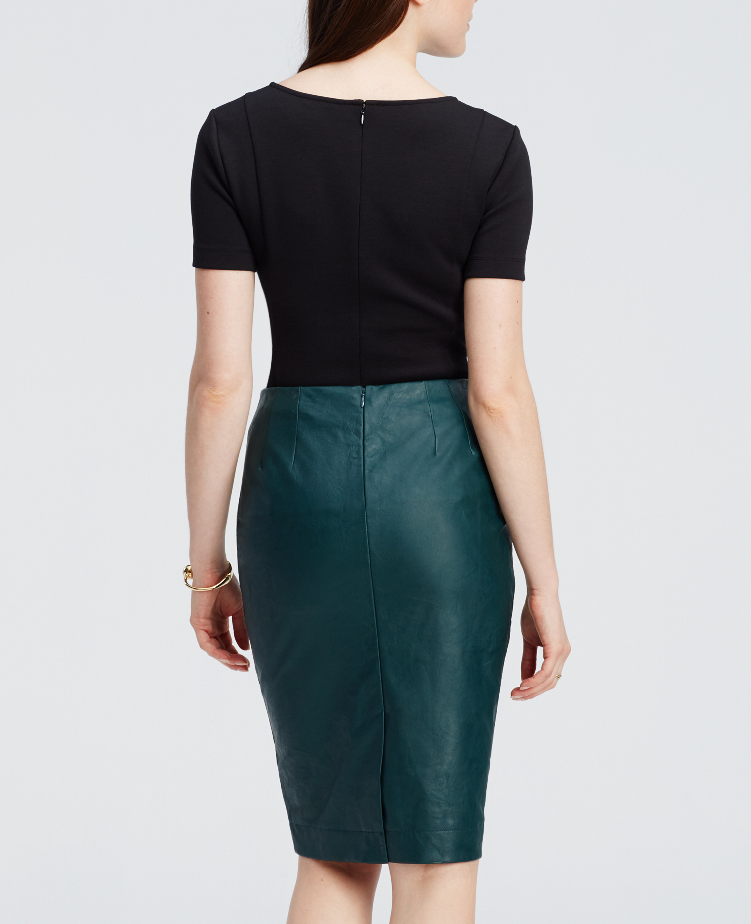 Ann taylor Faux Leather Pencil Skirt in Green | Lyst