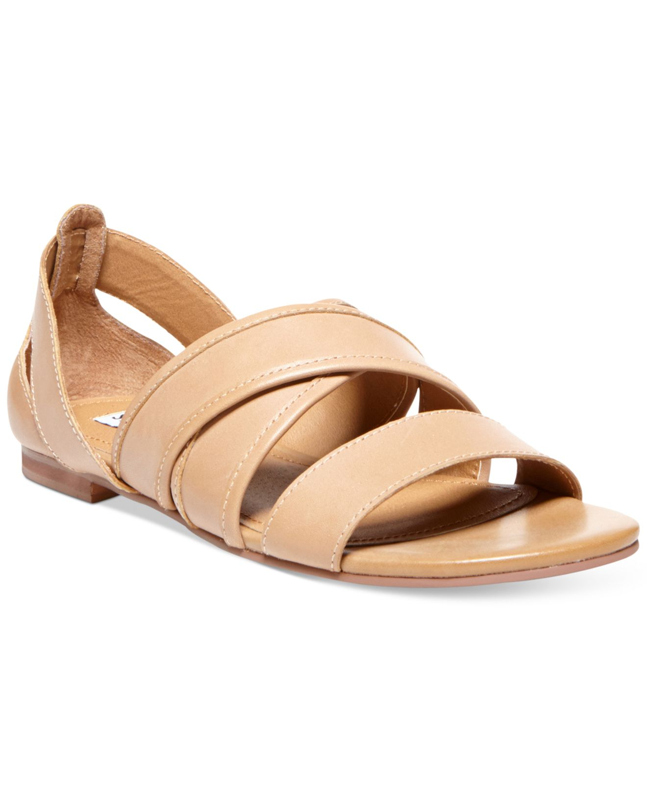 Steve madden women s korteous flat sandals in brown bone leather