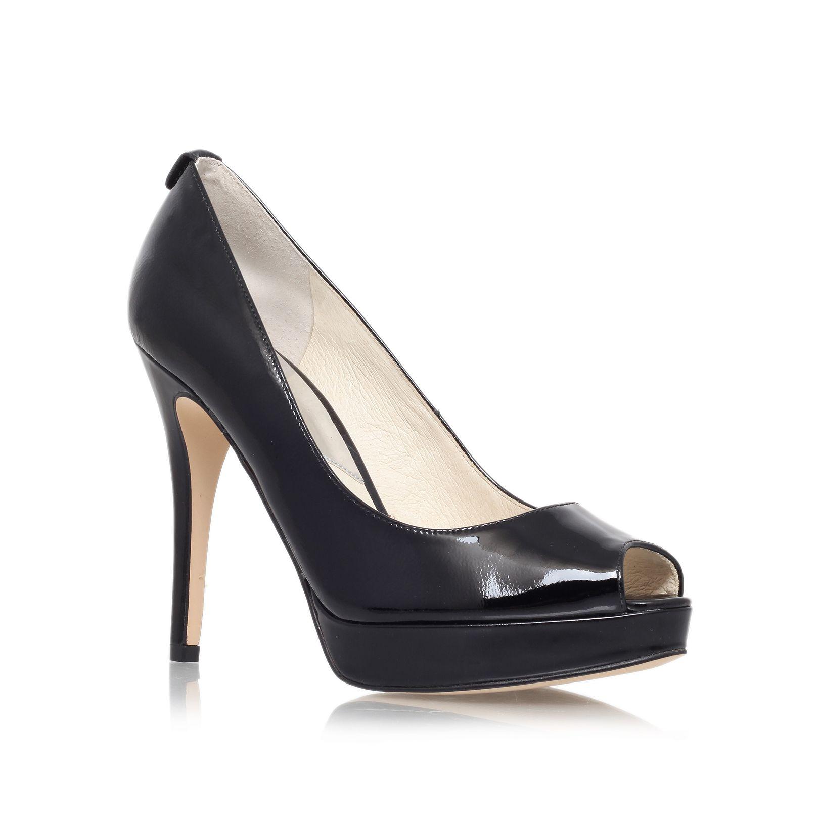michael kors york platform peep toe court shoes in black