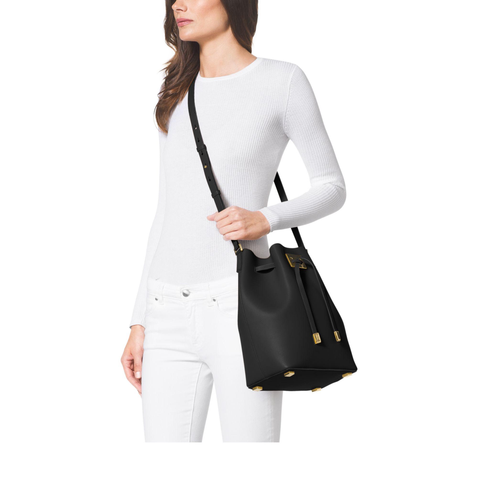 0d83143ecfbe Michael Kors Miranda Large Leather Bucket Bag in Black - Lyst