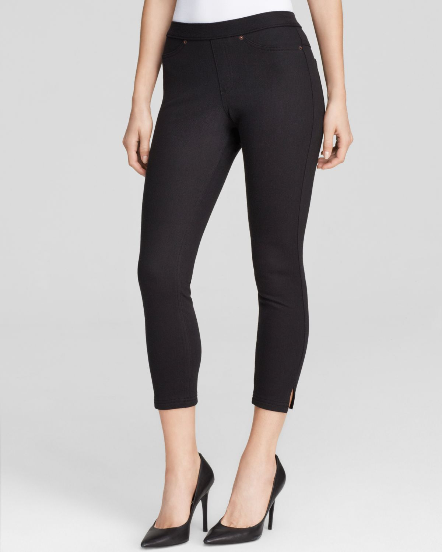 Hue Original Jeans Capri Leggings in Black | Lyst