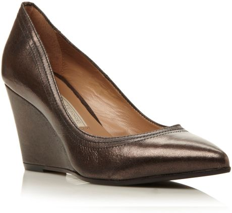 Pied A Terre Ansayp Pointed Wedge Court Shoes In Brown