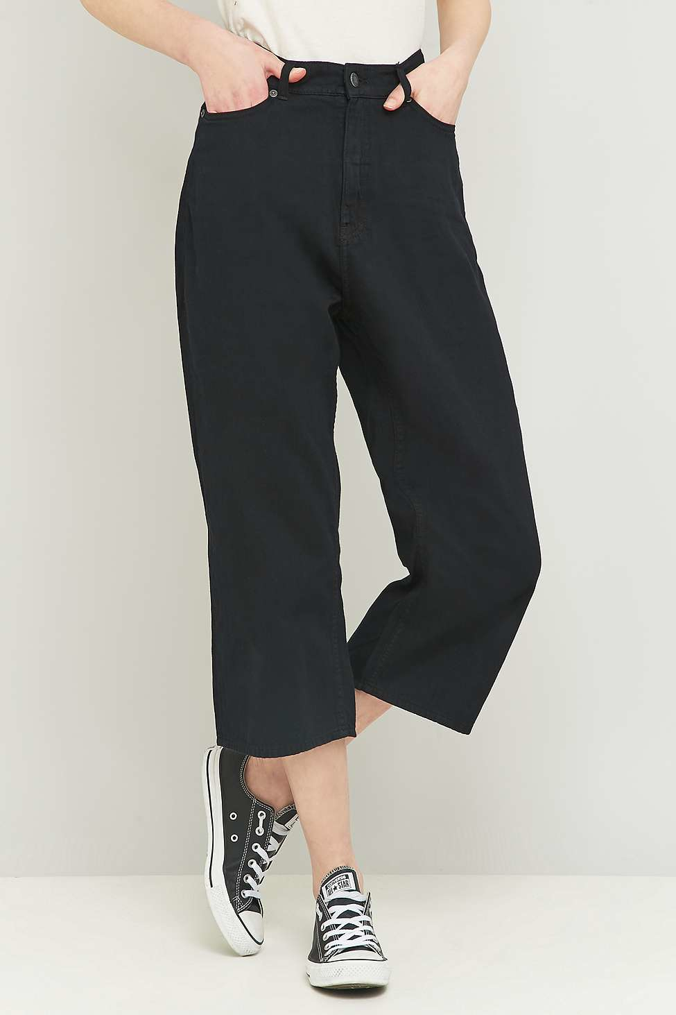 Cheap monday Omega Black Cropped Wide-leg Jeans in Black | Lyst