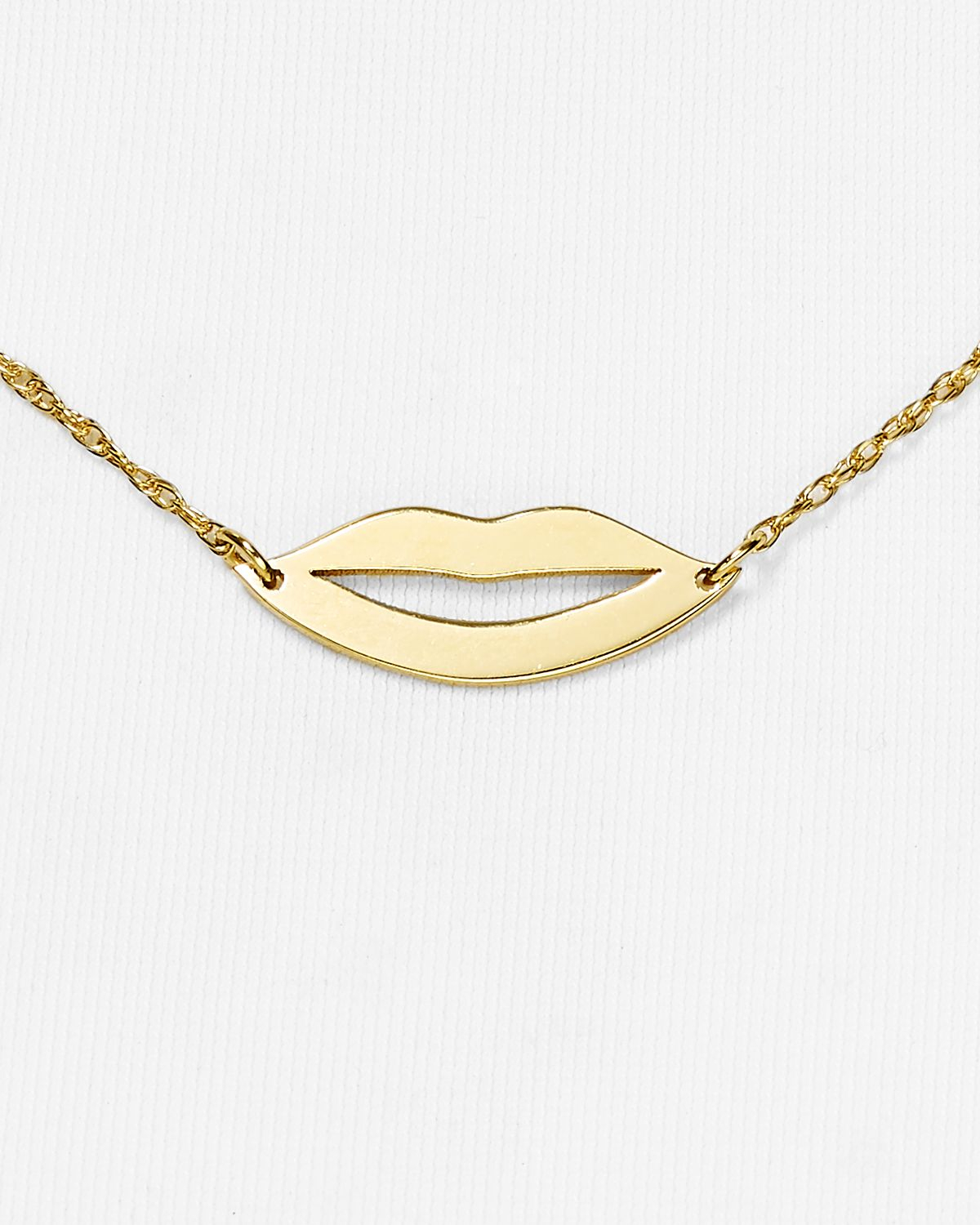 Jennifer Zeuner Lola Mini Lips Necklace 16 in Gold (Metallic)
