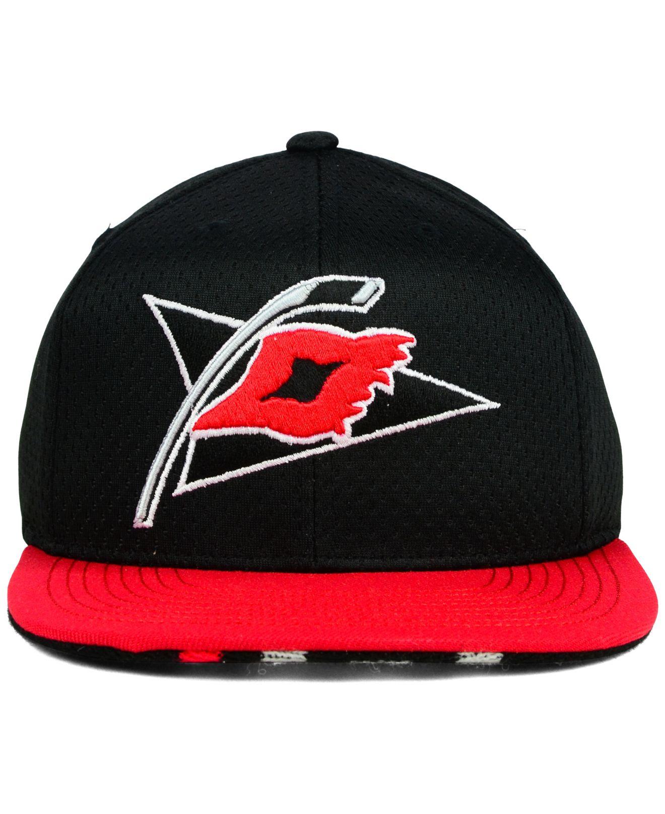 new styles fbeb8 da9d0 ... adjustable hat 5bc34 shop lyst reebok carolina hurricanes jersey hook  snapback cap in black 07f16 d2351 ...
