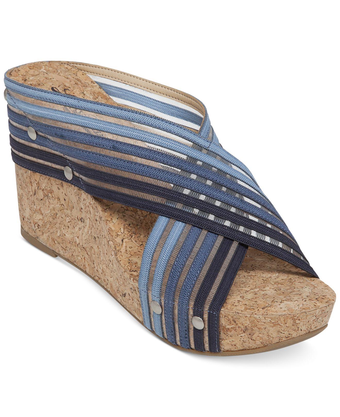 032cf4816e2 Lyst - Lucky Brand Miller2 Platform Wedge Sandals in Blue
