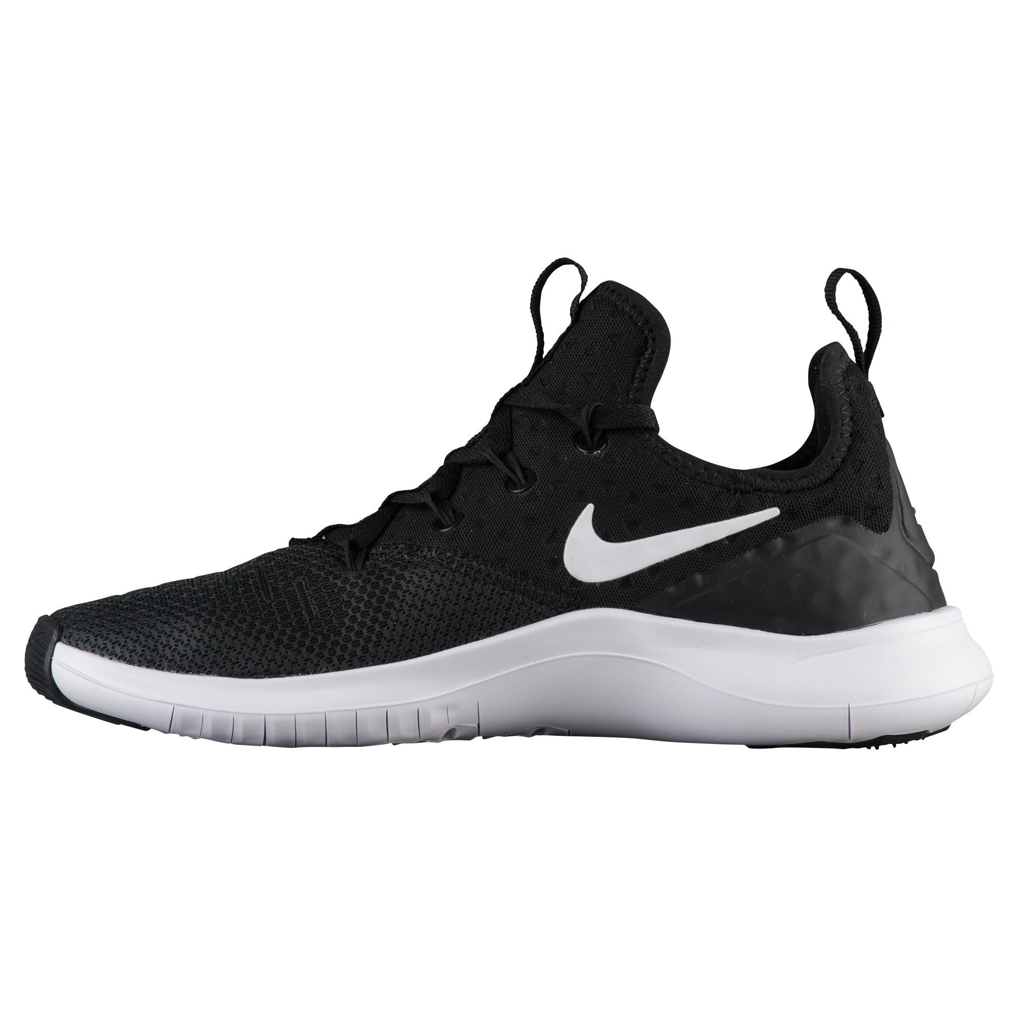 Nike Free Tr 8 Training Shoes in Black