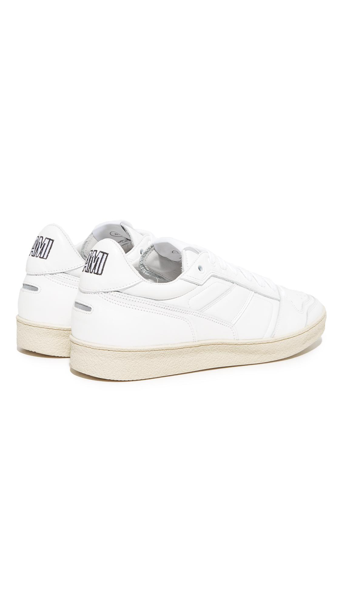AMI Leather Low Top Trainers in White for Men