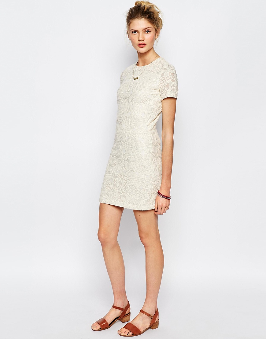 Sessun jaja embroidered dress with cut out in beige shell