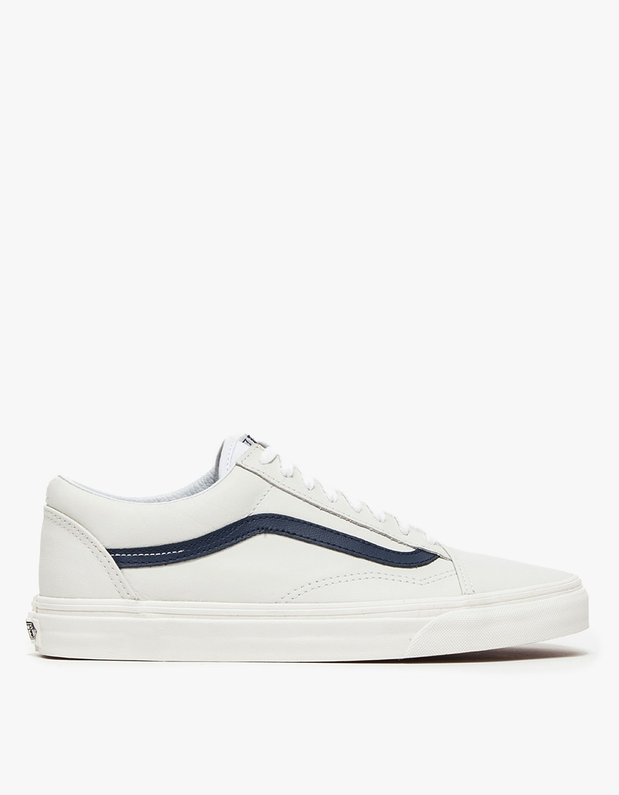 c2805a53016 Gallery. Previously sold at  Need Supply Co. Men s Vans Old Skool Men s  Converse All ...