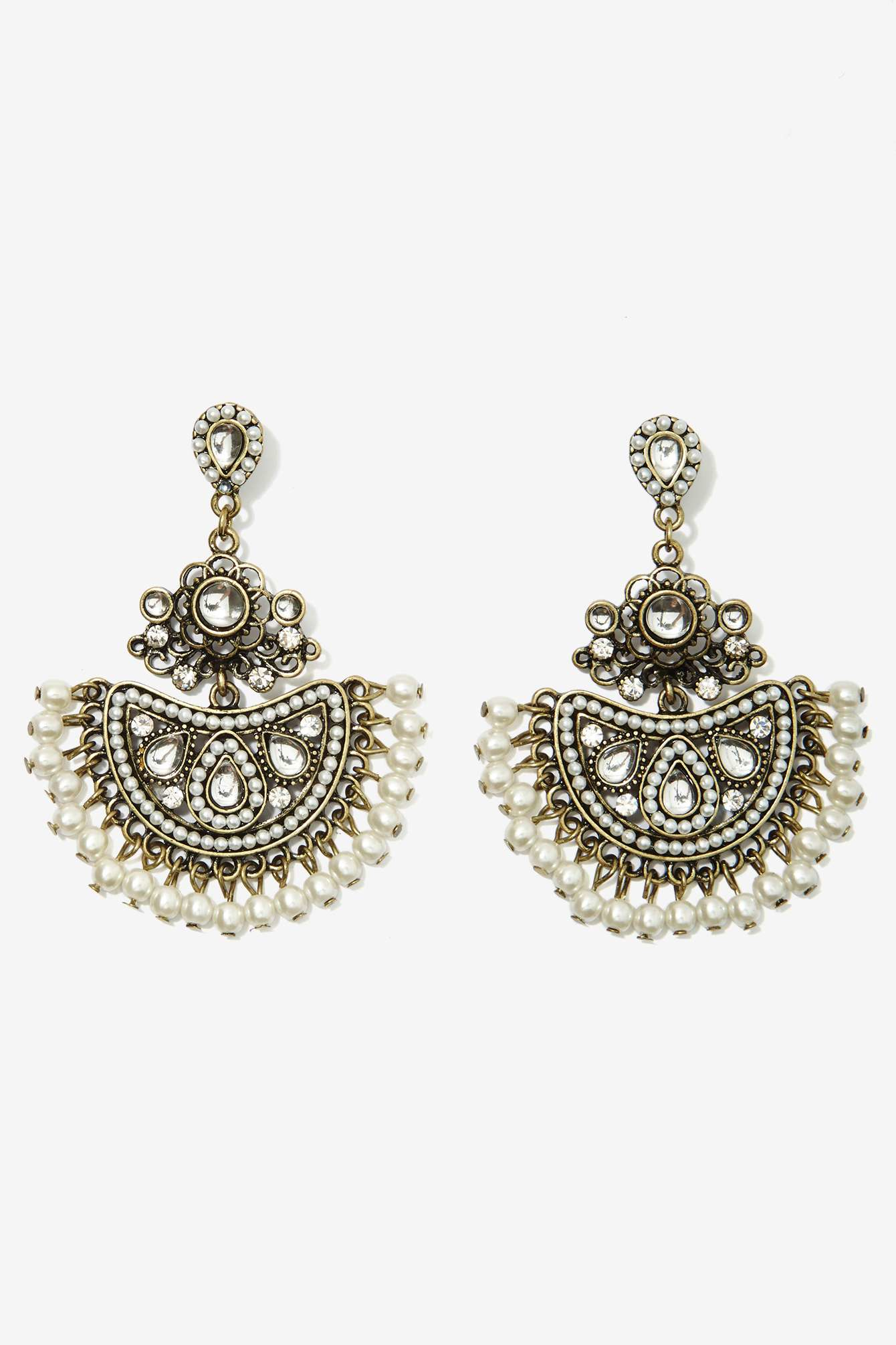 Nasty gal Pearl\'s Night Out Chandelier Earrings in Metallic | Lyst
