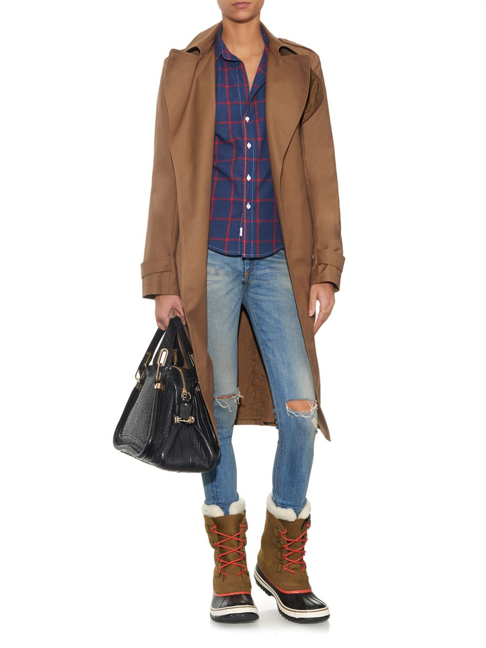 What to wear with tan boots and jeans