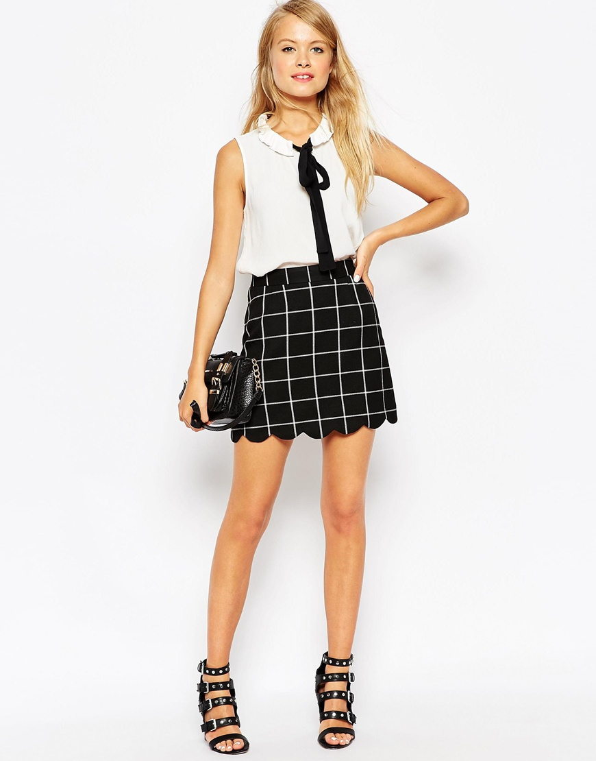 Asos A-line Check Scallop Hem Mini Skirt in Black | Lyst