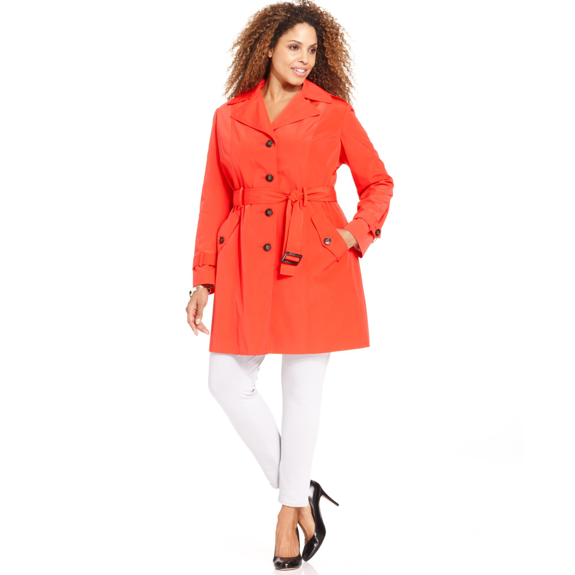 Our selection of outerwear for women includes trench coats, light jackets, womens blazers, tuxedo jackets for women and more. We select each style for you to be great quality at an awesome price. Choose a short shrug or wrap or a long trench style coat - whatever your mood and style dictate.