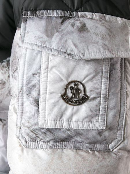 Moncler Mountainprint Quilted Jacket Monochrome In Black