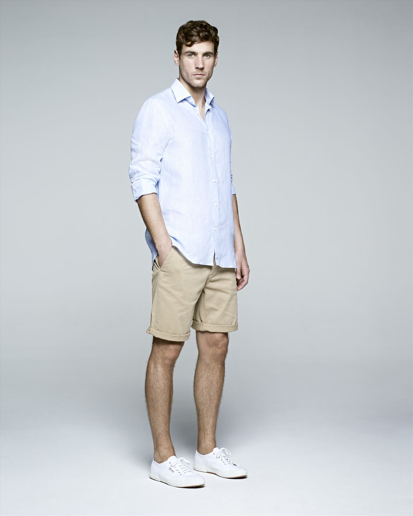 Summer outfits, knee-skimming shorts, Best Summer Outfits, Best Free Outfits, Best Summer Outfits For Men, Combine Beige, Go For Stripes